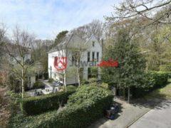 居外网在售荷兰Bloemendaal7卧的房产总占地531平方米EUR 1,565,000