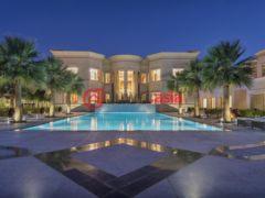 居外网在售阿联酋迪拜5卧6卫的房产总占地3837平方米