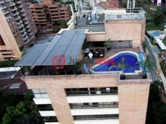 哥伦比亚麦德林7卧9卫的房产