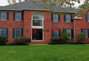 居外网在售美国5卧4卫局部整修过的房产总占地3288平方米USD 958,000