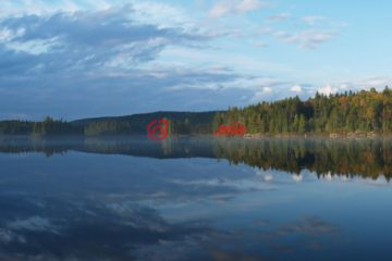 加拿大Val-des-Lacs总占地4170平方米的土地
