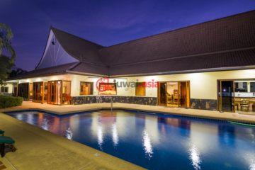 居外网在售泰国4卧4卫的房产总占地4000平方米USD 950,000