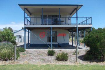 居外网在售澳大利亚4卧2卫原装保留的房产总占地814平方米AUD 580,000