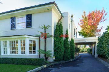 居外网在售新西兰4卧4卫历史建筑改造的房产总占地1131平方米NZD 5,900,000