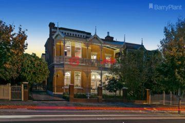 居外网在售澳大利亚4卧3卫最近整修过的房产总占地670平方米