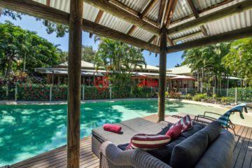 居外网在售澳大利亚Noosa Heads的房产总占地1200平方米